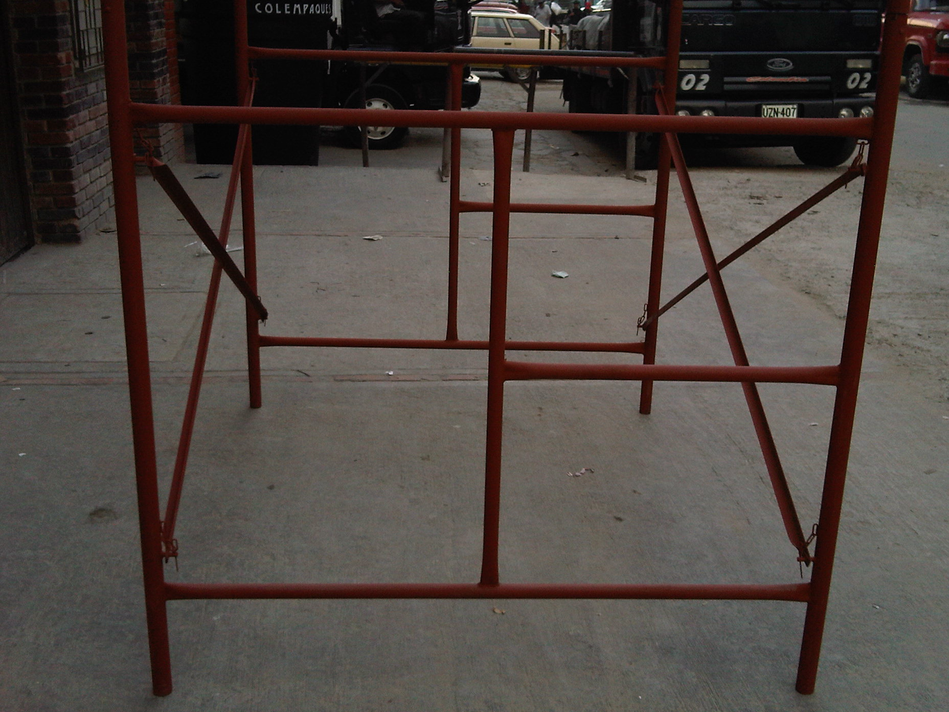 Andamio tubular andamios parales cerchas estructuras - Estructuras metalicas para casas ...